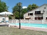 Ste Foy La Grande holiday gite rental - French self catering Aquitaine gite