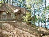 Waterfront Toledo Town vacation lodge - Rustic Louisiana holiday homes