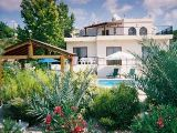 Peyia holiday villa with pool - Secluded home in Paphos, Cyprus