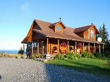 Homer B & B vacation lodge - Alaskan bed and breakfast home