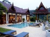 Patong hoiday villa in Phuket - Thai style villa with pool