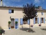 Cognac holiday cottage rental - French self catering Poitou-charentes cottage
