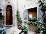 Todi holiday apartment - Italy vacation in Umbria