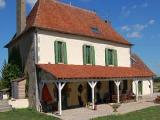 Auvergne holiday guest house - Charming French self catering home