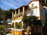 L'Escale Bed and breakfast Marseille - Holiday B&B in the wine region of France