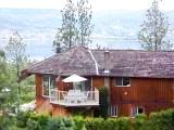 British Columbia bed and breakfast cottage - Canada vacation cottage B & B