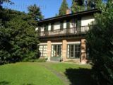 Villa Lesa holiday rental