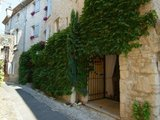 Eveche B&B in the medieval sector of Vaison - Avignon vacation home