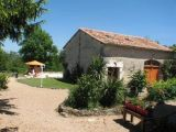 Dordogne self catering holiday gite - Les Volets Framboises restored Barn
