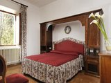 Volterra holiday apartment in countryside - charming vacation apartment Tuscany