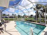 Fort Myers lakeside vacation home - Florida Gulf Coast holiday home in Fort Myer